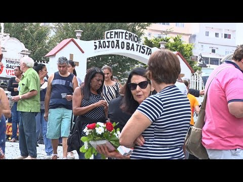 Dia de Finados leva milhares de pessoas aos cemitérios de Nova Friburgo