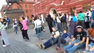 Танцевальный флэшмоб в Москве 13 сентября