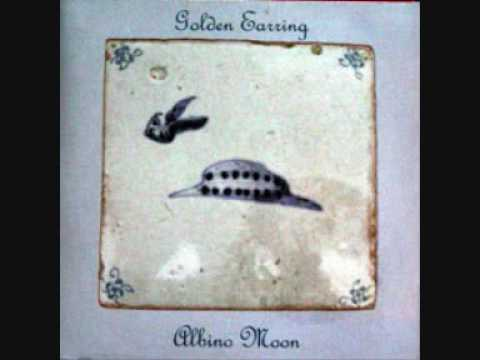 Golden Earring Albino Moon