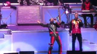 """Earth Wind and Fire """"Can't Hide Love"""" 8/26/2017 @ Xfinity Theatre 8/26/2017"""