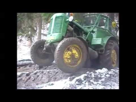 Zetor 50 Super v lese
