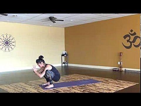 20 min. Creative Cardio Vinyasa Yoga Flow for Core, Hips and Butt