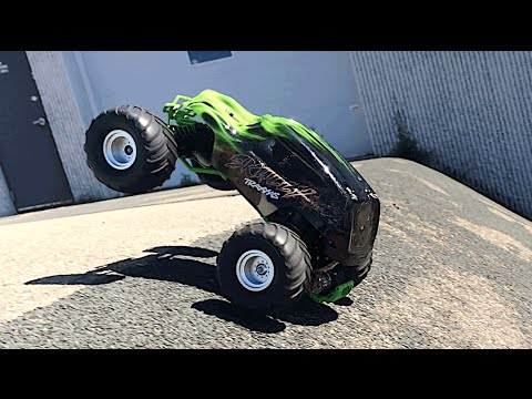 Traxxas Skully & Craniac Review – Great Beginner RC Monster Truck