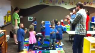 "OKC Zoo Preschoolers use ""Stomp Your Feet"""