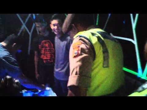 Video- Begini Reaksi Pengunjung Karaoke di Pekanbaru saat Razia Besar-besaran Polisi