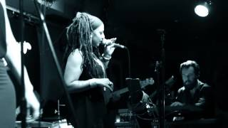 Imaani - Can't Hide Love (Live at the 606 Club)