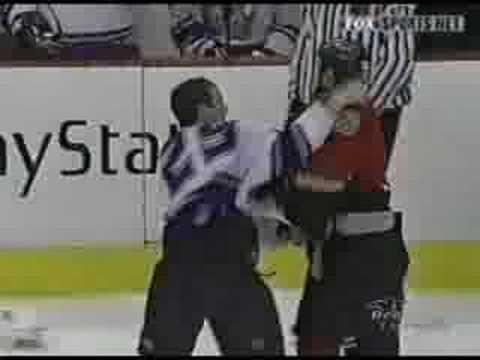 Josh Green vs. Brad Chartrand