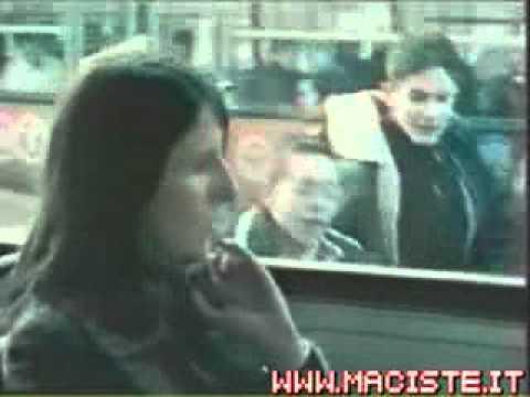 Sesso con una ragazza video per la prima volta nel culo
