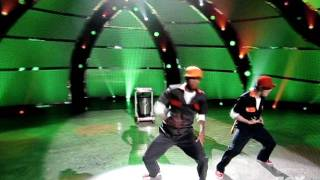 SYTYCD 7/27/11 Bad Ass Sanitation Workers (Hip Hop Routine)