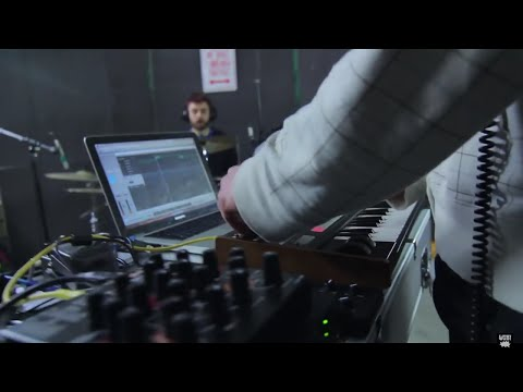 Live Drum and Bass Bossa | DIVE by WOB!