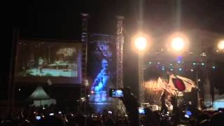"Iwan Fals - Lagu Pembuka Konser di Batam dan ""Belum Ada Judul""."