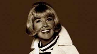Doris Day. Close Your Eyes.