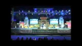 Medley of continous songs by Shreya Ghoshal Live in Concert at Dharwad Utsav 2013