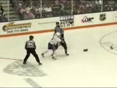 Kruise Reddick vs. Mitch Wahl