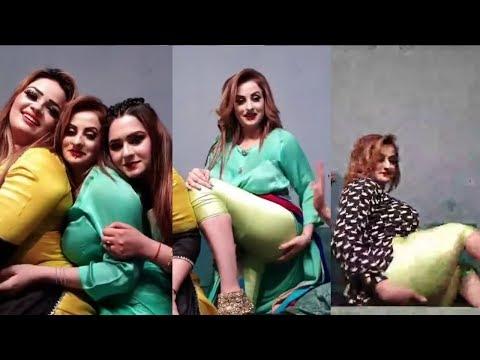 Afreen Khan Hot  Pakistani Mujra Actress Talking To Fans