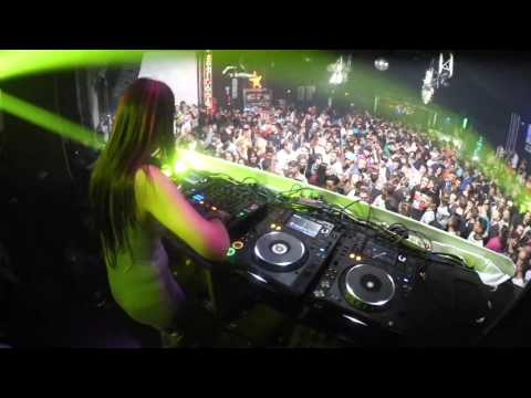 Fatima Hajji @ Wow Music Club - Granada (24 12 2015)
