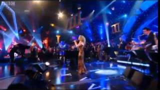 Kylie Minogue   Love At First Sight . Live Jools Holland Hootenanny.