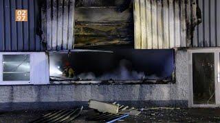 Grote brand in rubberbotenopslag Aalsmeer