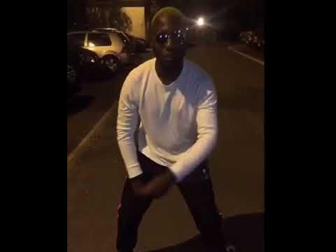 OhMonDieuSalva invente une danse pour délirer ! sur Coach Fitness