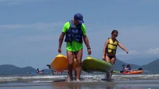 Esportes náuticos são atração às sextas na Ponta da Praia