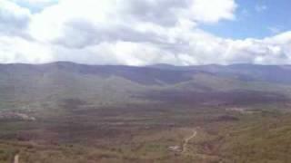 preview picture of video '2008-05-22; 25; Valle del Lozoya, desde el mirador de Pinill'