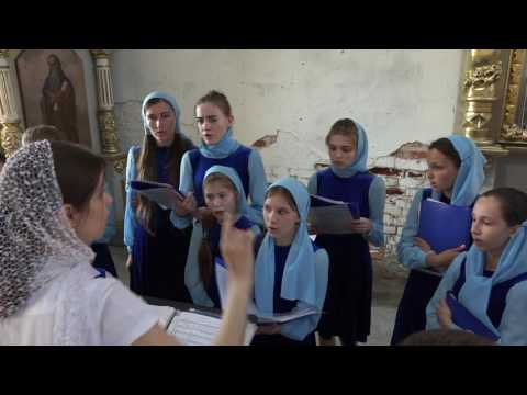 Детский хор в Преображенском храме. Видео 3