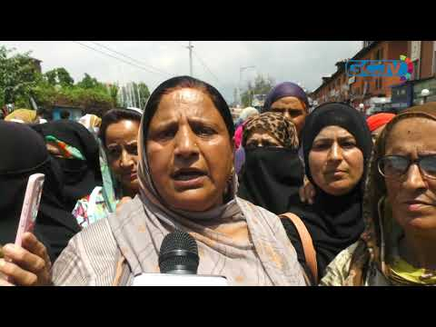 Anganwari workers continue protests against decision to release their salaries through sarpanches