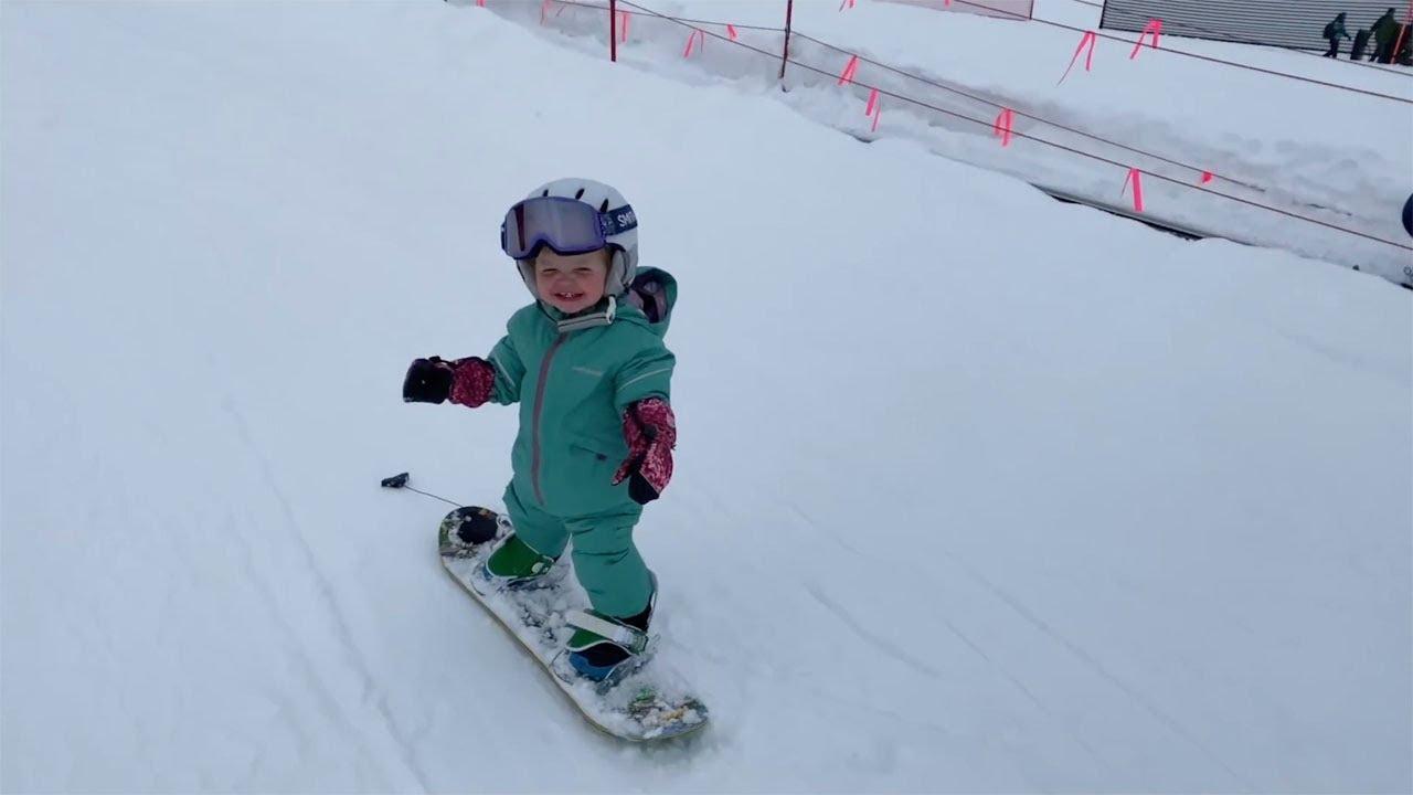 Годовалая сноубордистка
