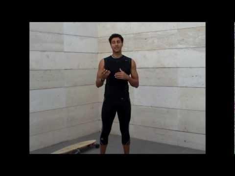 El complejo de los ejercicios para la quema de la grasa en las condiciones de casa para los hombres
