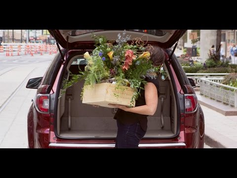 Video cortesía: GMC | Lisa Waud of Pot and Box on the Flower House Project