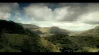 Women of Ireland - Ceoltóirí -  with Irish Lyrics & Landscapes