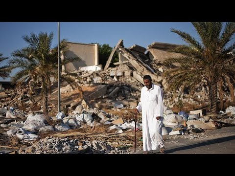 Libye : l'ancien quartier général de Kadhafi habité par des familles Libye : l'ancien quartier général de Kadhafi habité par des familles