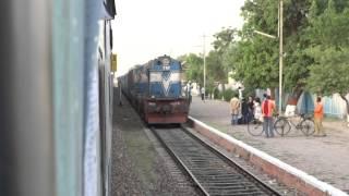 Train crossing at Hindumalkot, Sri Ganganagar