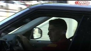 Luis Suárez LLORANDO a su salida de la ciudad deportiva del FC Barcelona