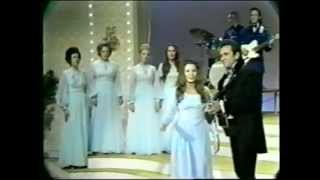 Johnny Cash & June Carter live in 1971: Old Time Religion medley