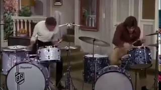buddy rich muppets animal drum solo - TH-Clip