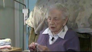 Vital People: Knitting Dolls For Children
