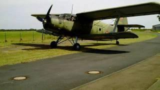 preview picture of video 'Militärflugplatz Großenhain Antonov AN-2 Doppeldecker macht viel Wind !'