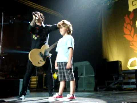 "Green Day - East Jesus Nowhere, Joseph Gets ""saved"" AUCKLAND 18/12/2009 Mp3"