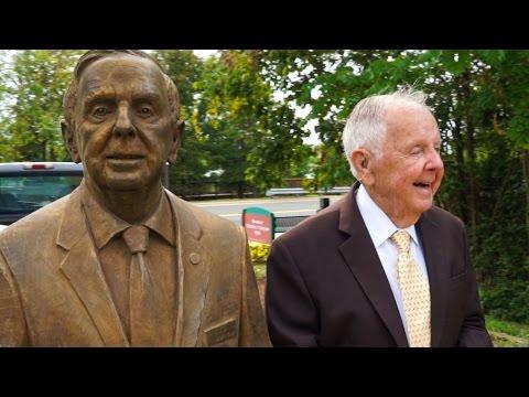 Statue installation of retired Virginia State Senator Charles Colgan