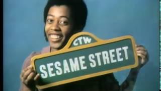 sesame street 3900 closing - मुफ्त ऑनलाइन वीडियो