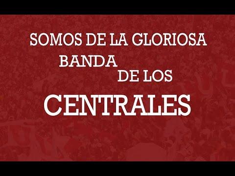 """""""Somos de la gloriosa banda de los centrales"""" Barra: Muerte Blanca • Club: LDU"""