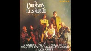 The Chieftains - I Saw Three Ships (featuring Marianne Faithfull)