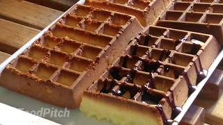 Easy way to bake a waffle cake