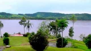 preview picture of video 'El Río Uruguay visto desde Punta Porá, Panambí, Misiones, Argentina'