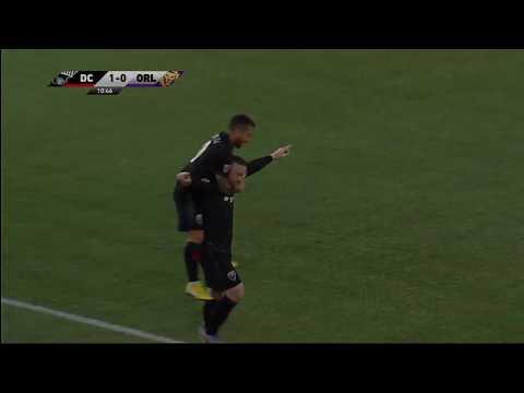 Wayne Rooney GOAL from Beyond Midfield!