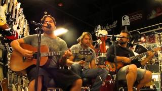 Aranda - Satisfied - [HD] Live acoustic set Inside The Music Corner in Pawn1