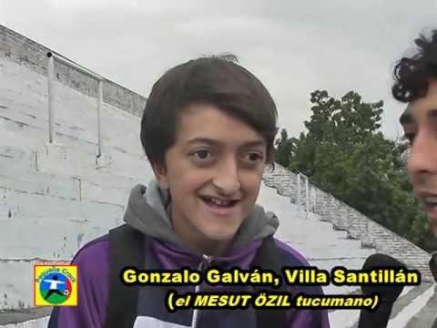 Mesut Özil thời trẻ trâu nè bà con! Fans Mannschaft và The Gunners vào điểm danh phát