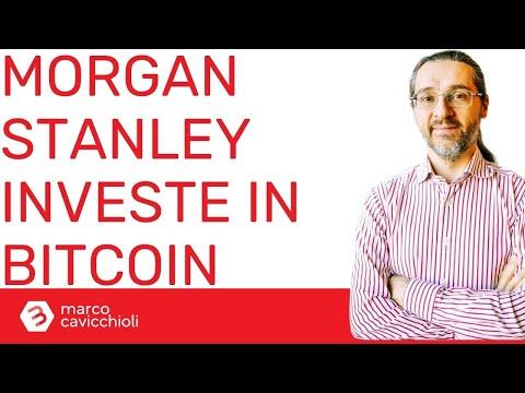 riprendere il commerciante di criptovaluta bitcoin che investe negli italia