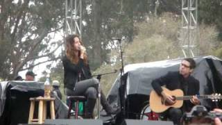 Alanis Morissette - Ironic (Live Acoustic) @ Power to the Peaceful 2009